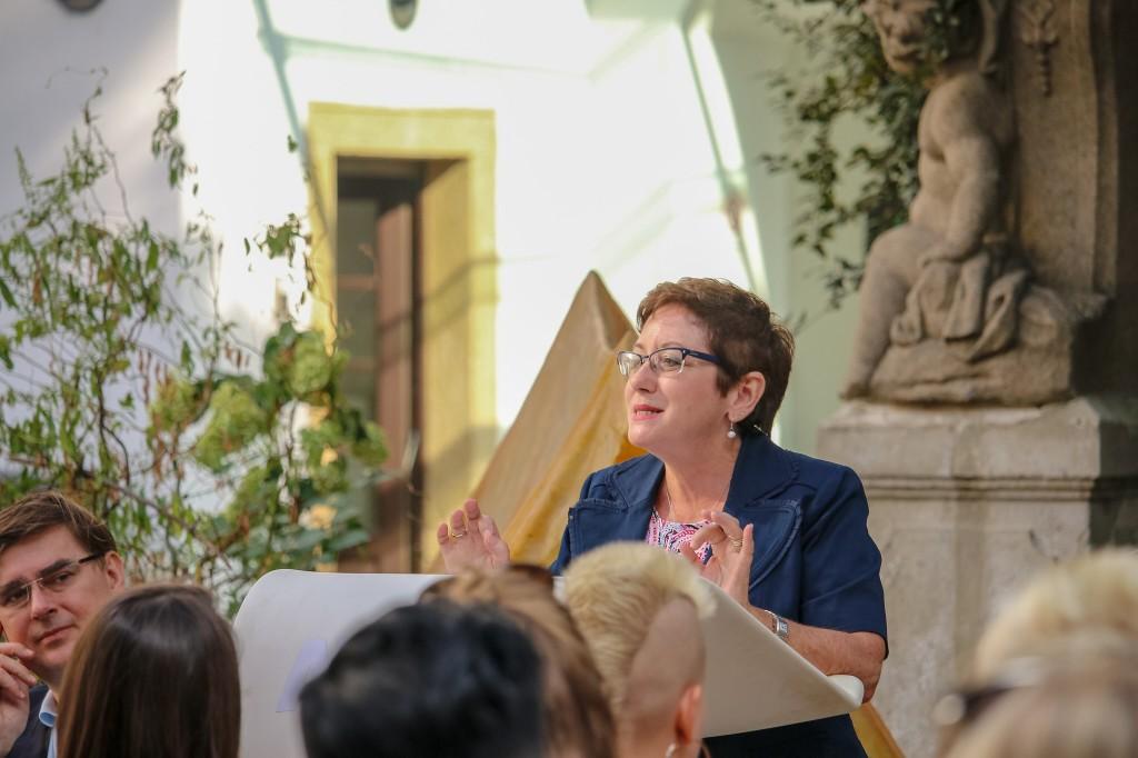 Karen Grunow-Hårsta - Cô giáo mình yêu thích nhất, cũng là cố vấn luận văn của mình